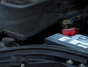 Τι συμβαίνει με την μπαταρία σας όταν το αυτοκίνητο δεν βρίσκεται σε λειτουργία;